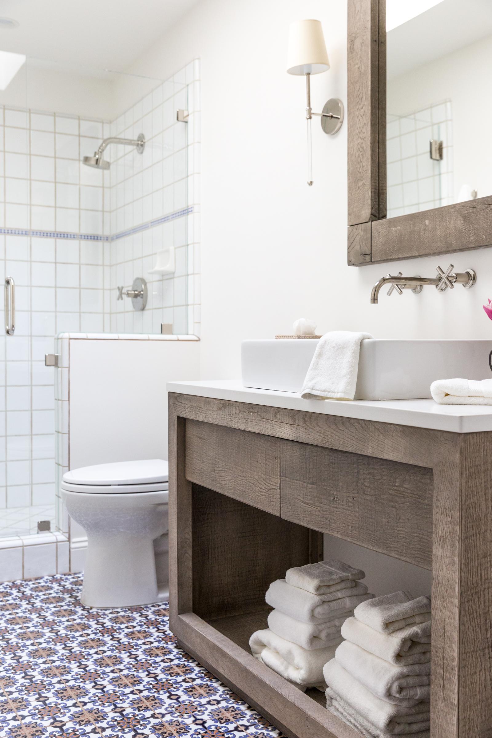 celeste_bathrooms-16.jpg