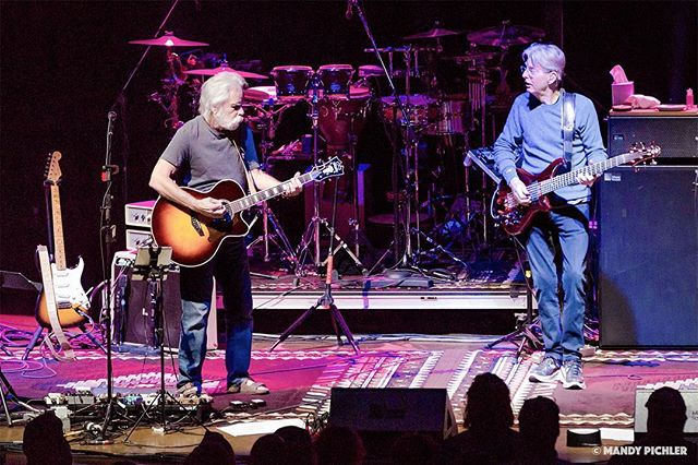 Bobby & Phil Duo • Wang Theatre • Wang Theatre • Boston, MA • 03.07.2018 . Photographed for www.gratefulweb.com . Nothing left to do but smile, smile, smile when #bobweir and #phillesh share a stage. #grateful to have been given the opportunity to capture these #livinglegends playing the #music that is - and always will be - uniquely their own, the melodies, lyrics and notes of the #gratefuldead ⚡️🌹 . #livemusicphotography #concertphotography #photography #photooftheday #thephotoladies #womeninphotography #mandypichlerphotography #gratefulweb #audioloveofficial #bestmusicshots #bestmusicphotography #boston #wangtheatre #deadhead #ratdog #bobby #rhythmguitarist #bassist #bassguitar
