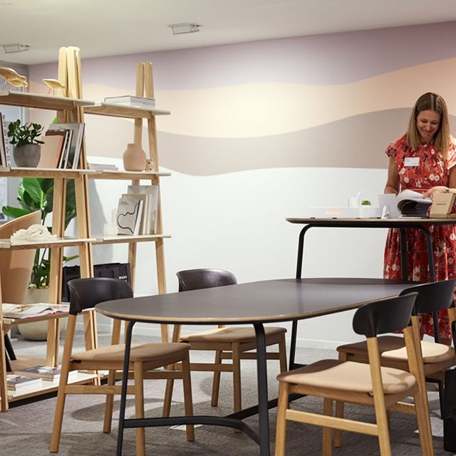 You have almost one year to check out the Allsteel showroom and the custom wall covering created with our friends at @charliegreenestudio PhotoCredit: @allsteel  #customwallcovering #egd #merchandisemart #neocon2019 #WorkInspired
