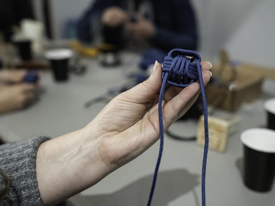 knot_2.jpg