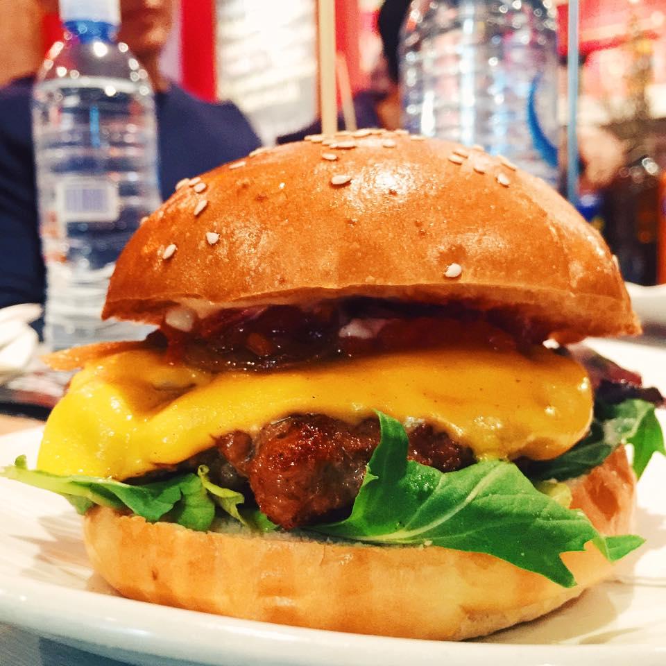 V Burger Bar Victoria Park