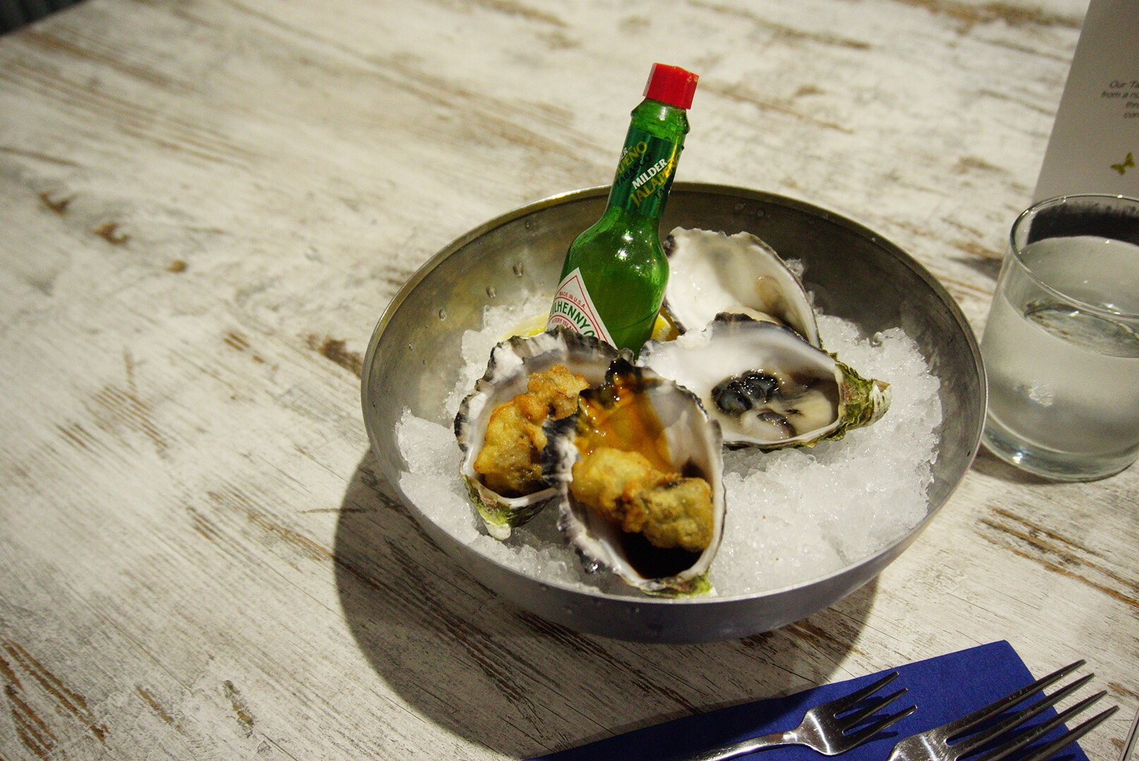 Fresh shucked oysters at the Pickled Herring, Two Rocks
