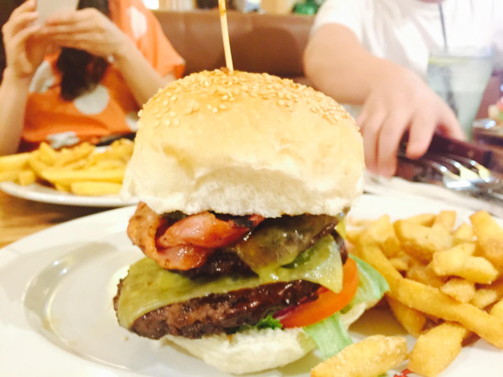 Hunga Bunga Stacked Burger