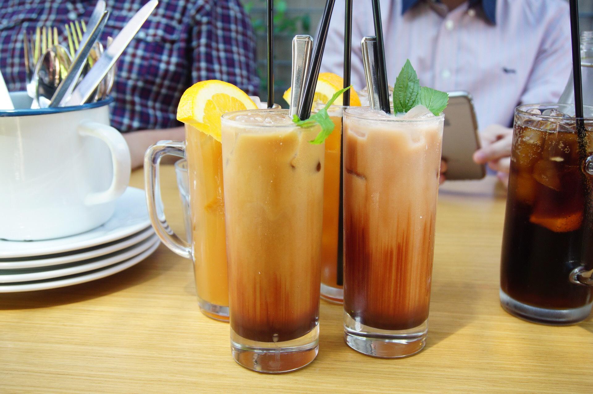 Asado Iced Tea (back), Iced Mocha (L) and Iced Chocolate (R)