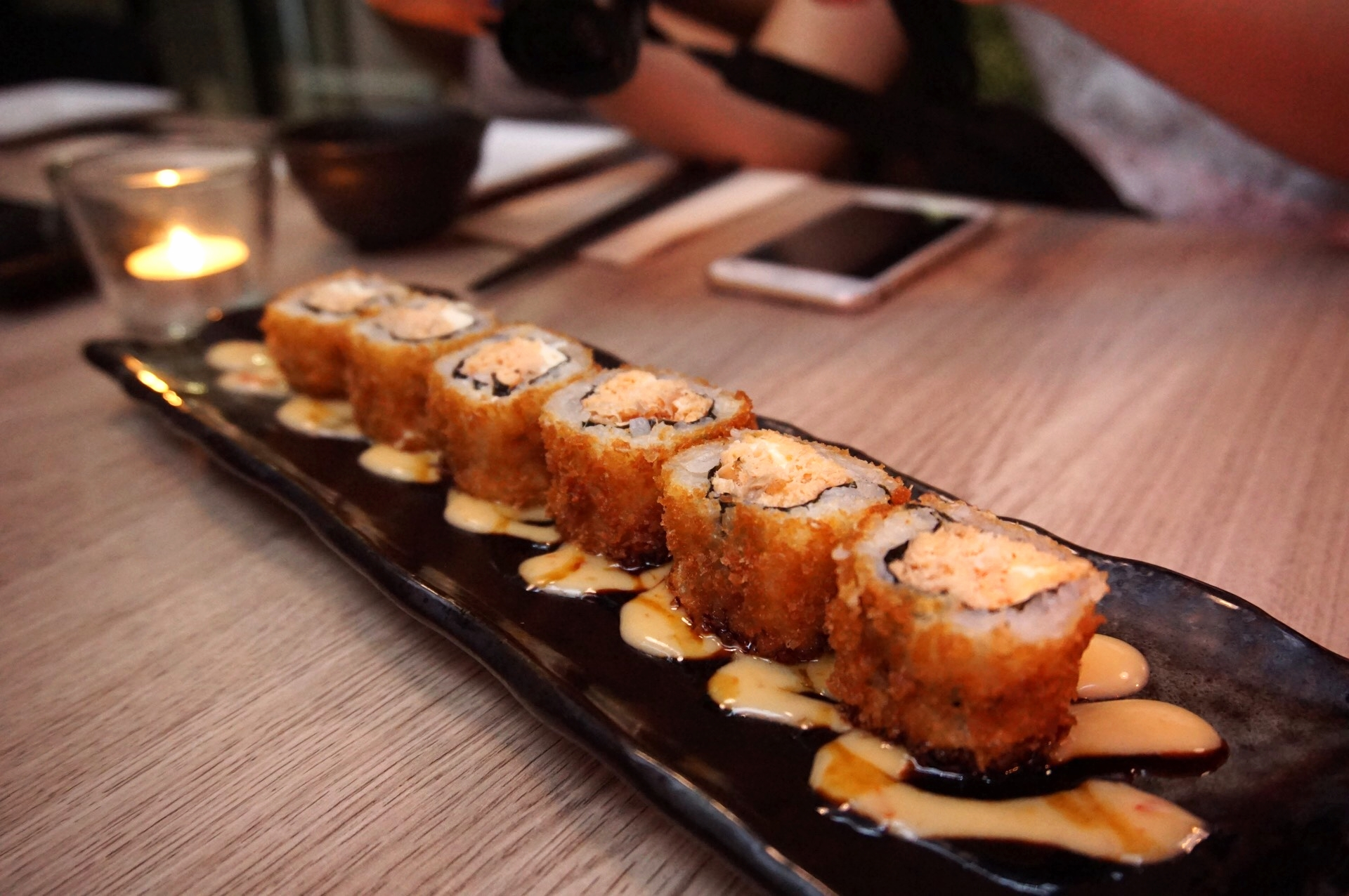 This deep fried sushi roll is very delicious!