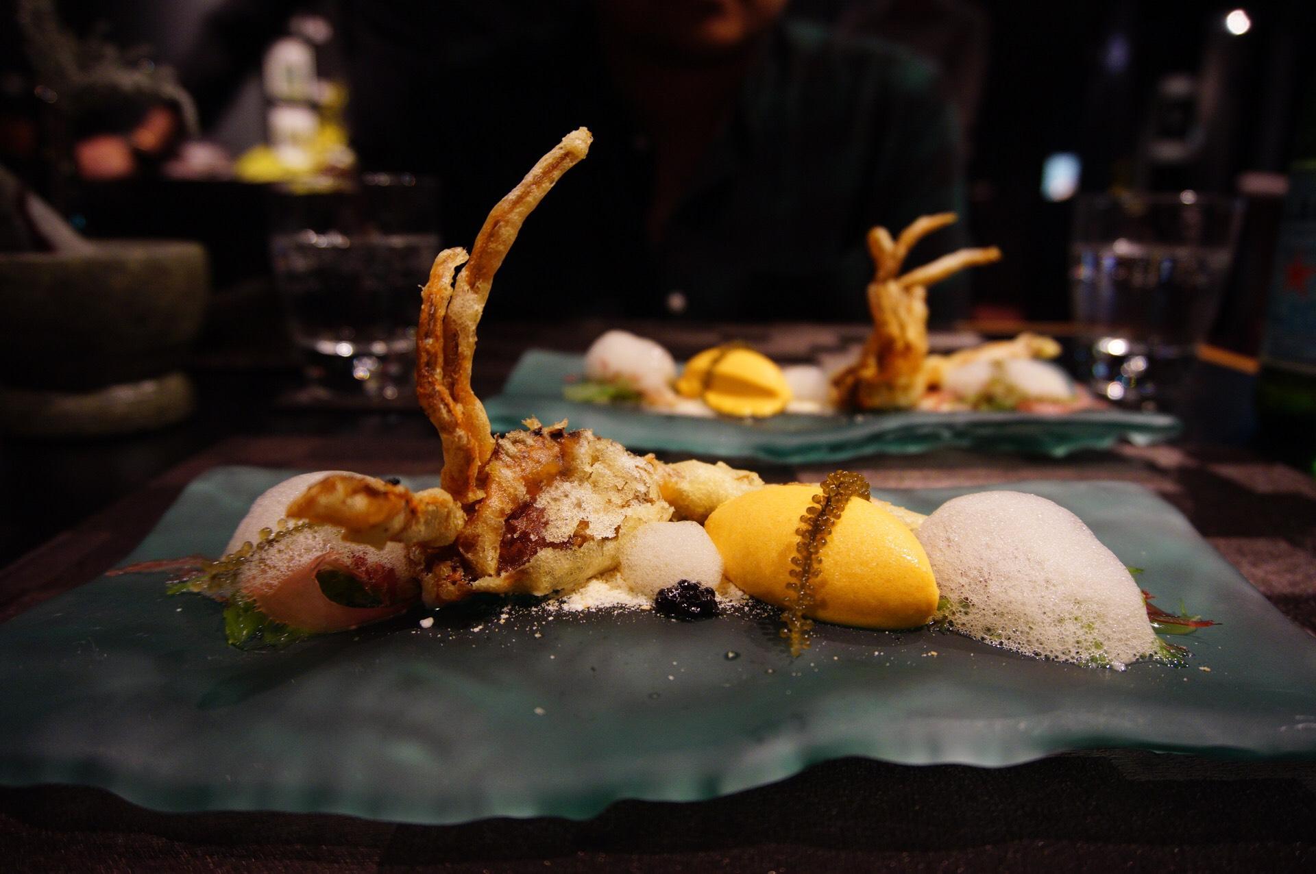 Restaurant Labyrinth Chili Crab