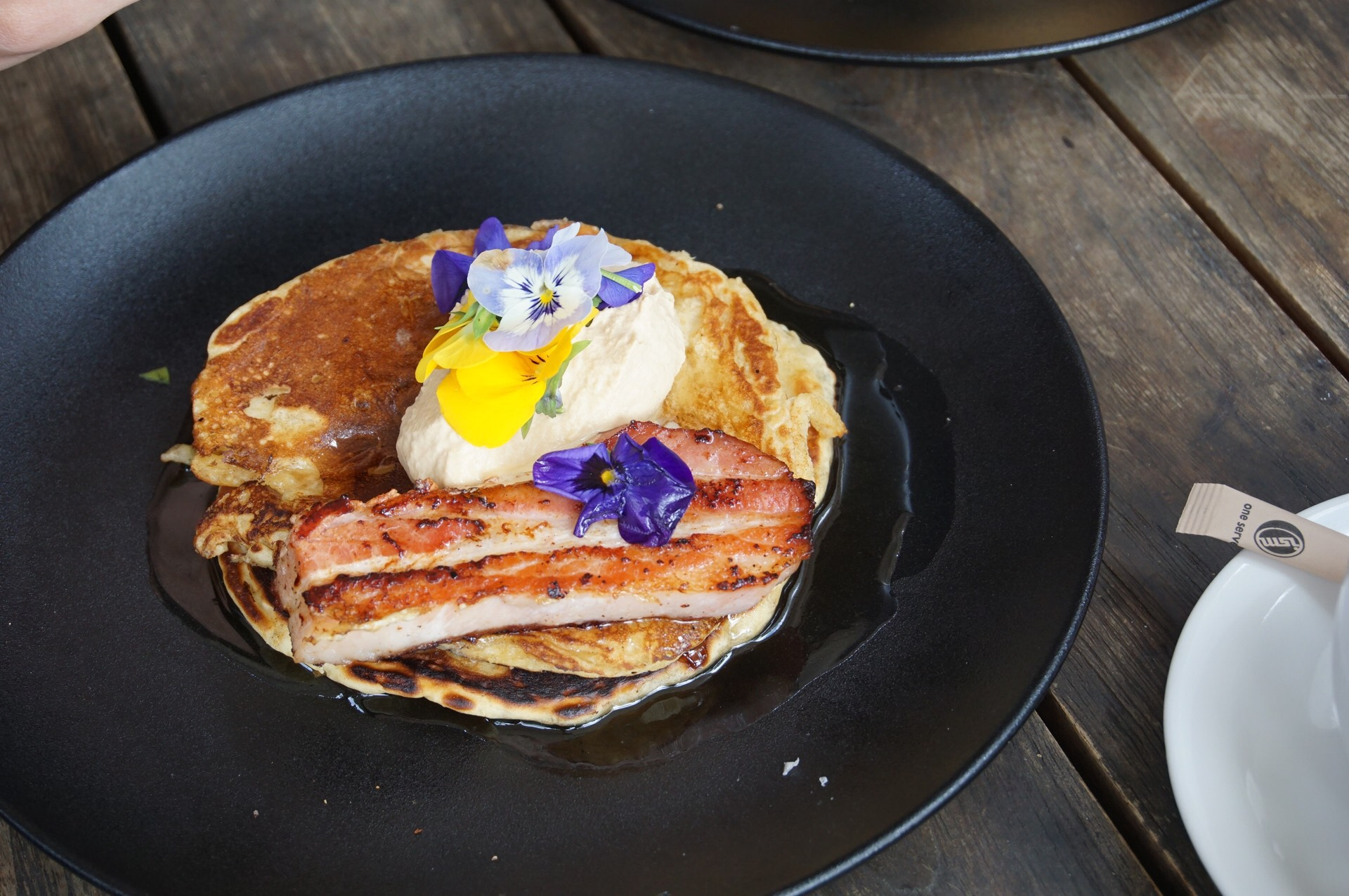 This pancake is too pretty to be eaten!