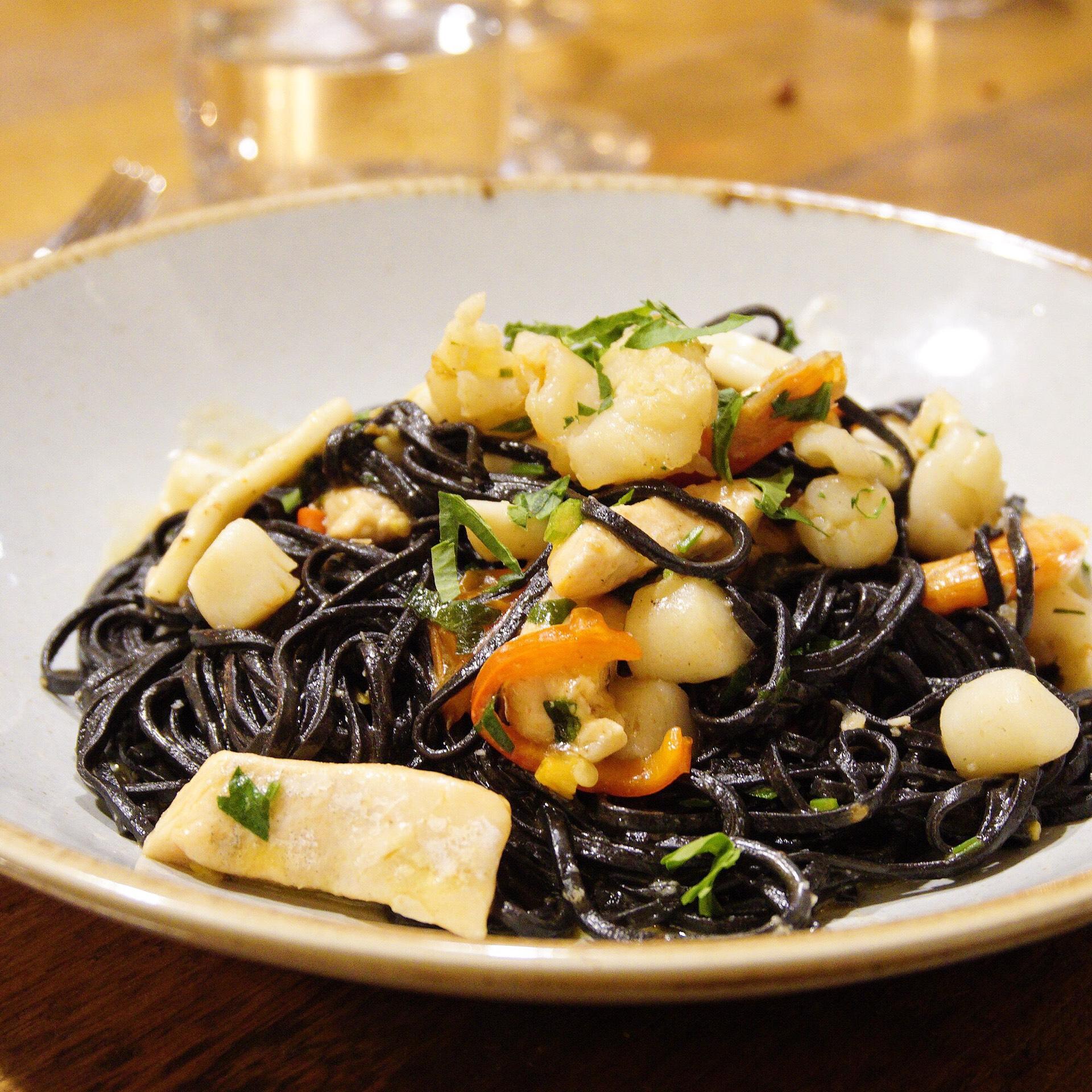 Fresh Squid Ink Tagliolini