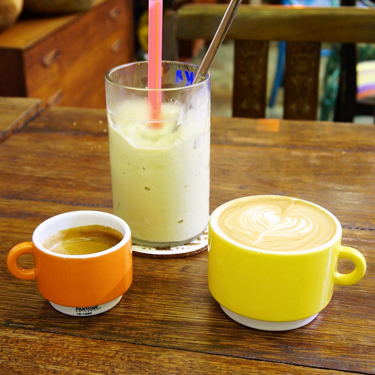 AEIOU Cafe Avocado Coffee