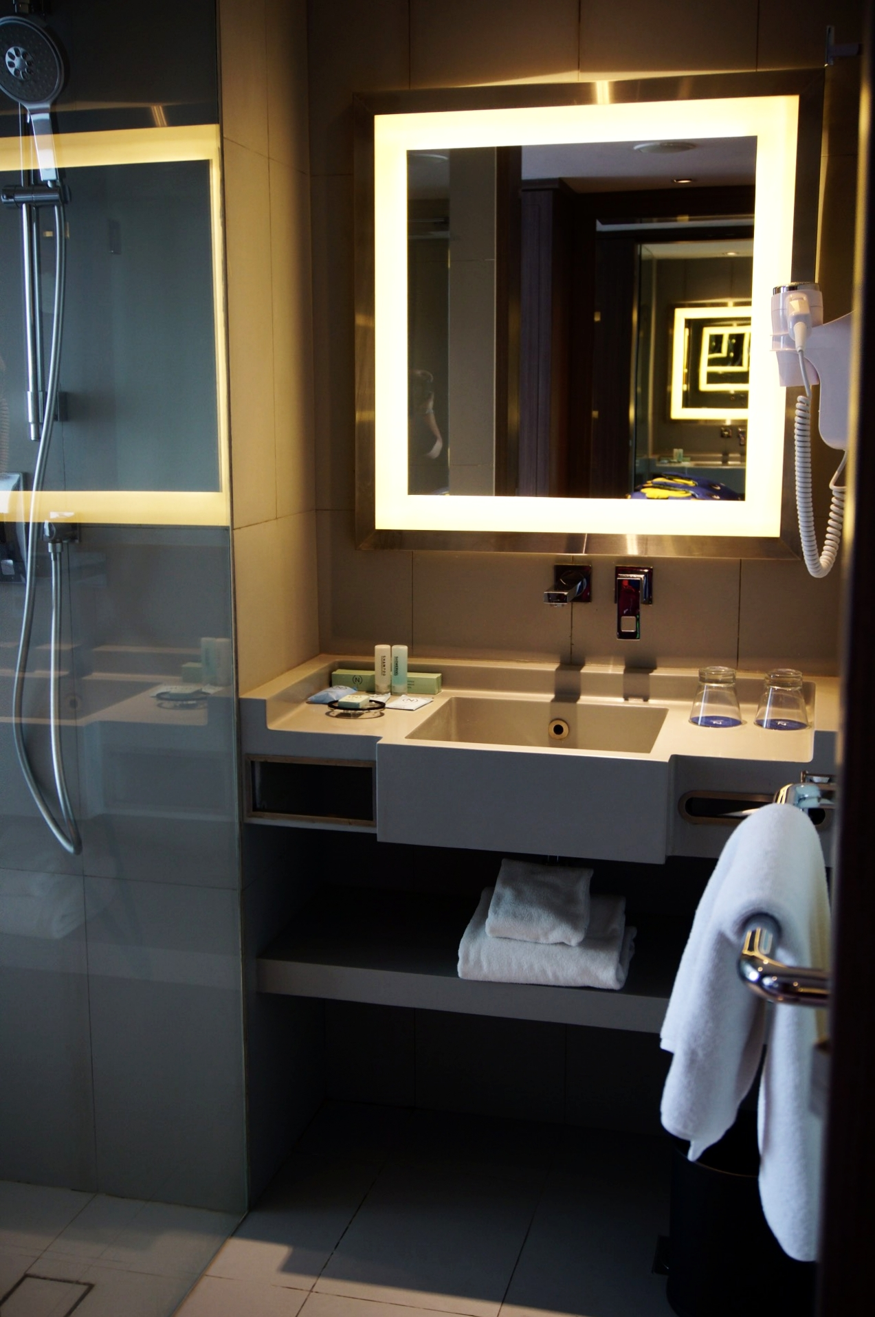 Novotel Bali Airport Bathroom