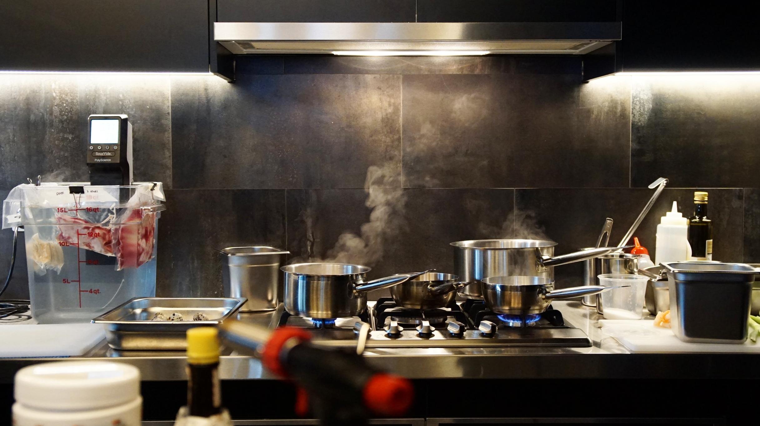 Cafe Leadman Kitchen
