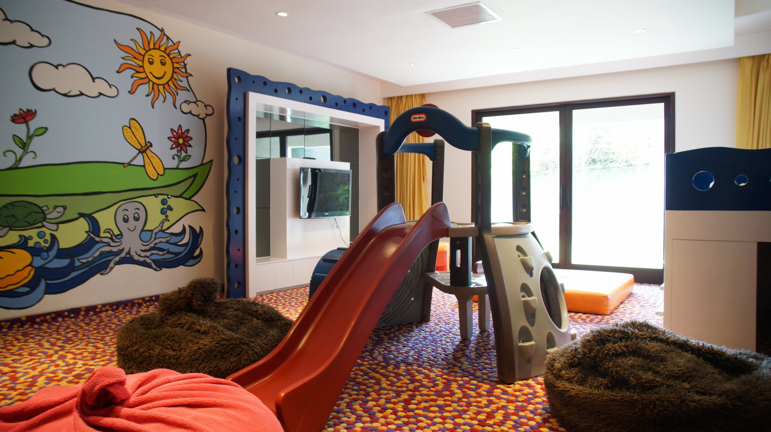The View: Playroom