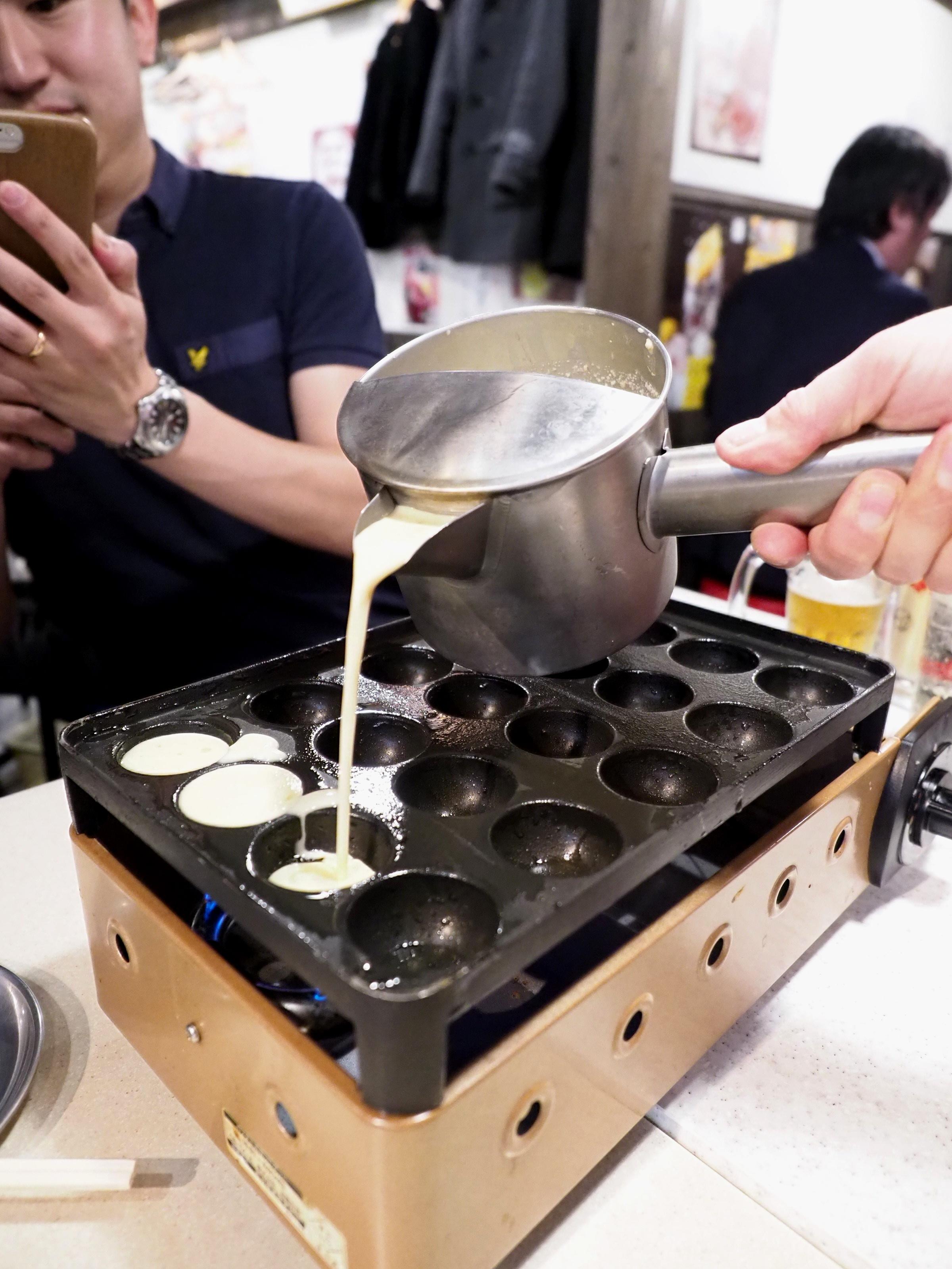Let's make some takoyaki!