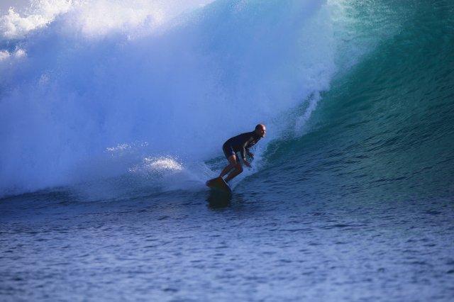 phoca_thumb_l_surfing legend 2.JPG