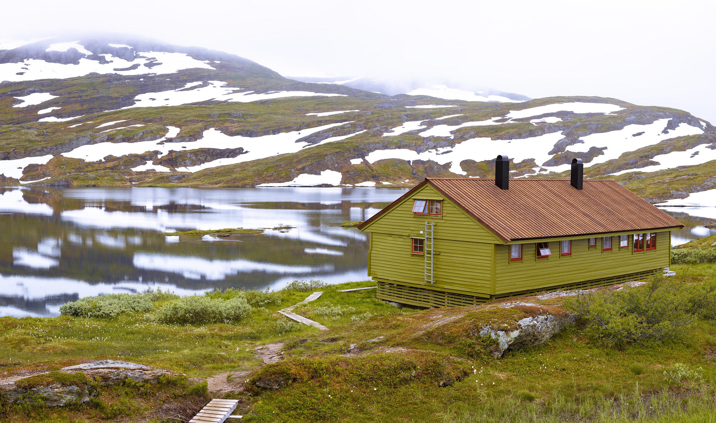 Cabin Pano 1 6-Pano.jpg