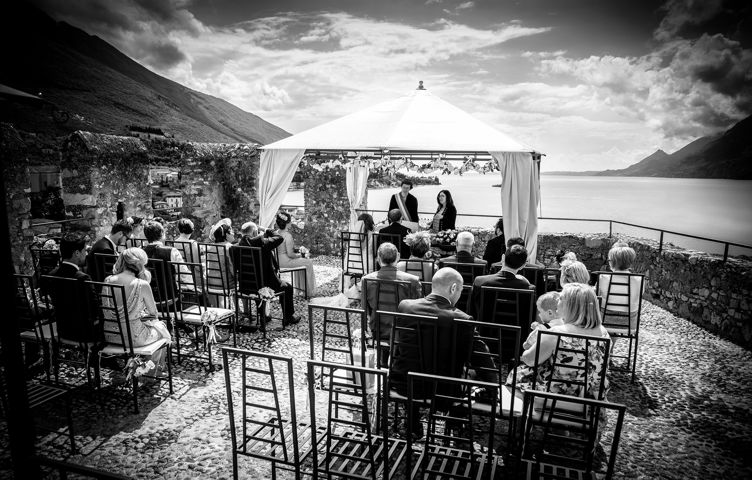 Black and white image of Malecine Castle in Italy prior to the wedding ceremony