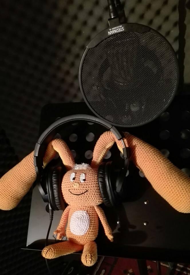 Eardrop rāpeti in studio