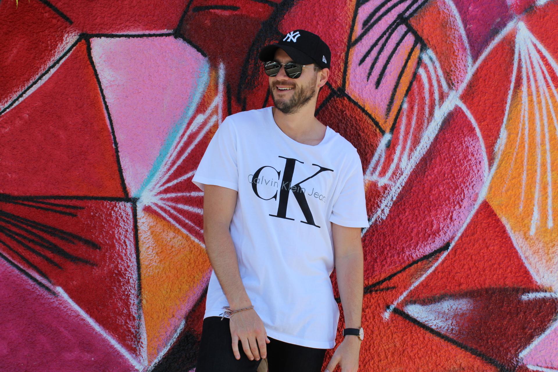 Jaheb Barnett Fashion Blogger wearing Calvin Klein 90's Reissue Tee