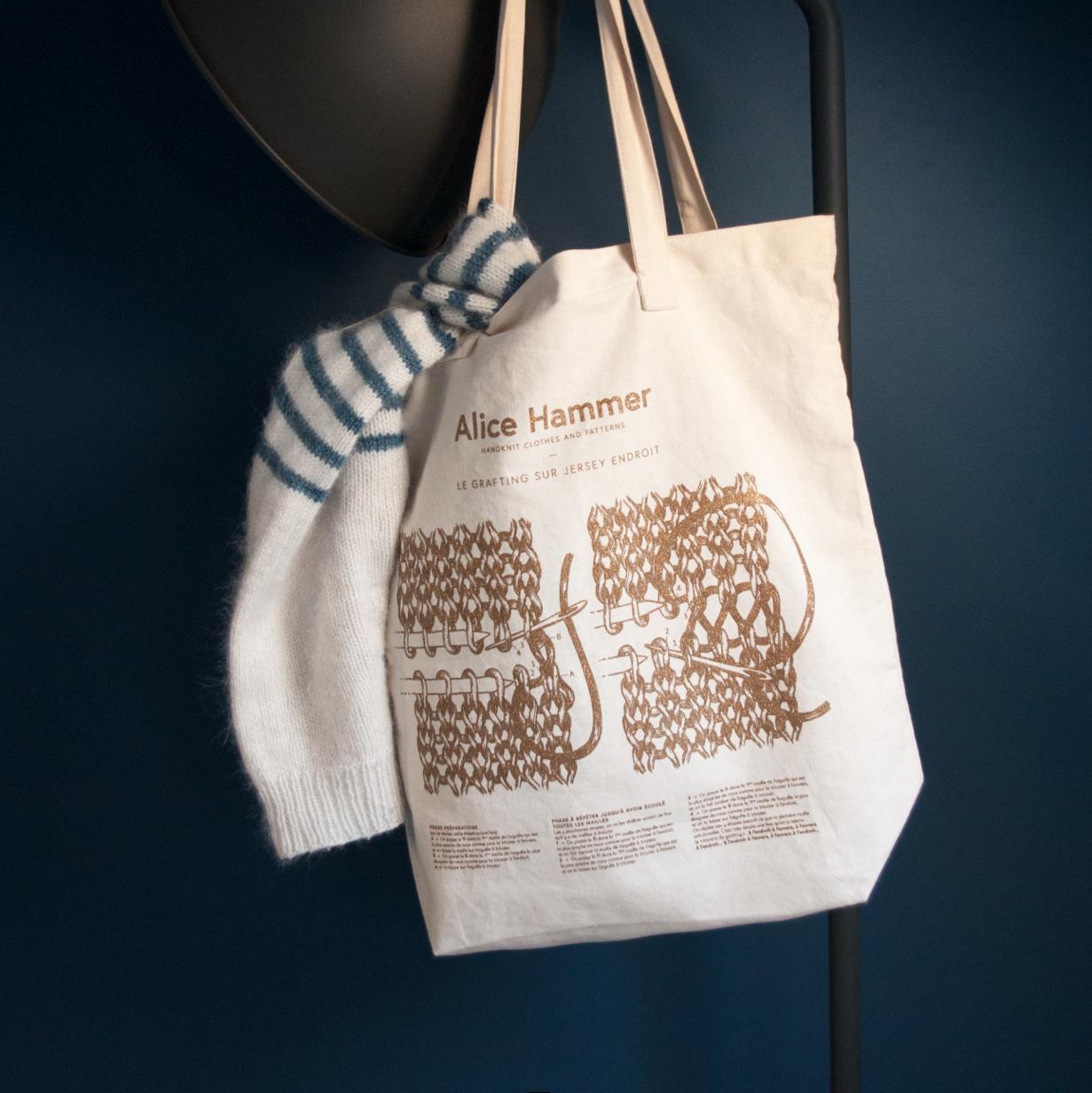 Tote Bag Alice Hammer illustration Amandine Delaunay