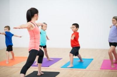 159364-425x282-kids-yoga-class.jpg