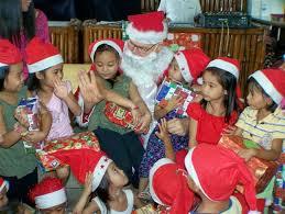 Kids meet santa.jpg