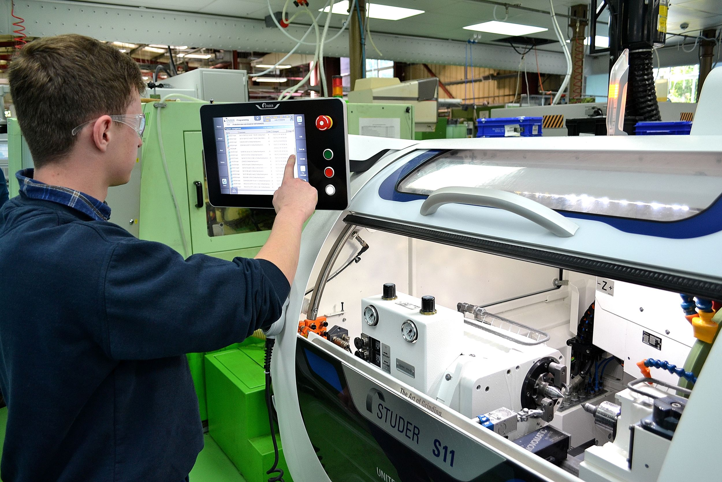 The S11 is easy to program using the touch-screen interface