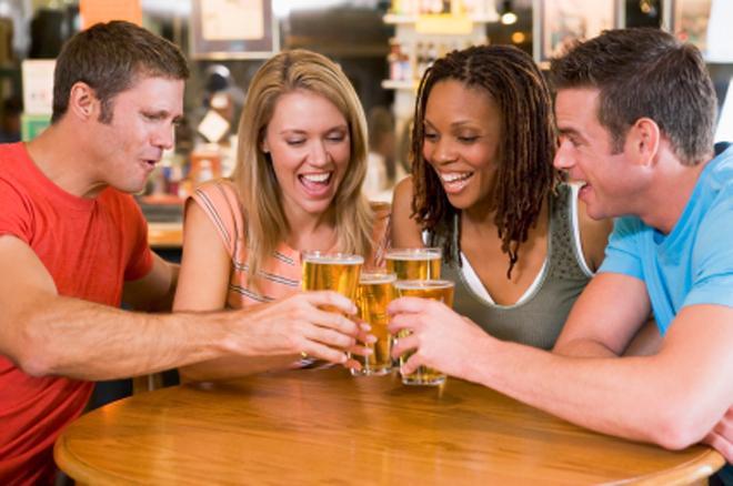 group-drinking-beer.jpg