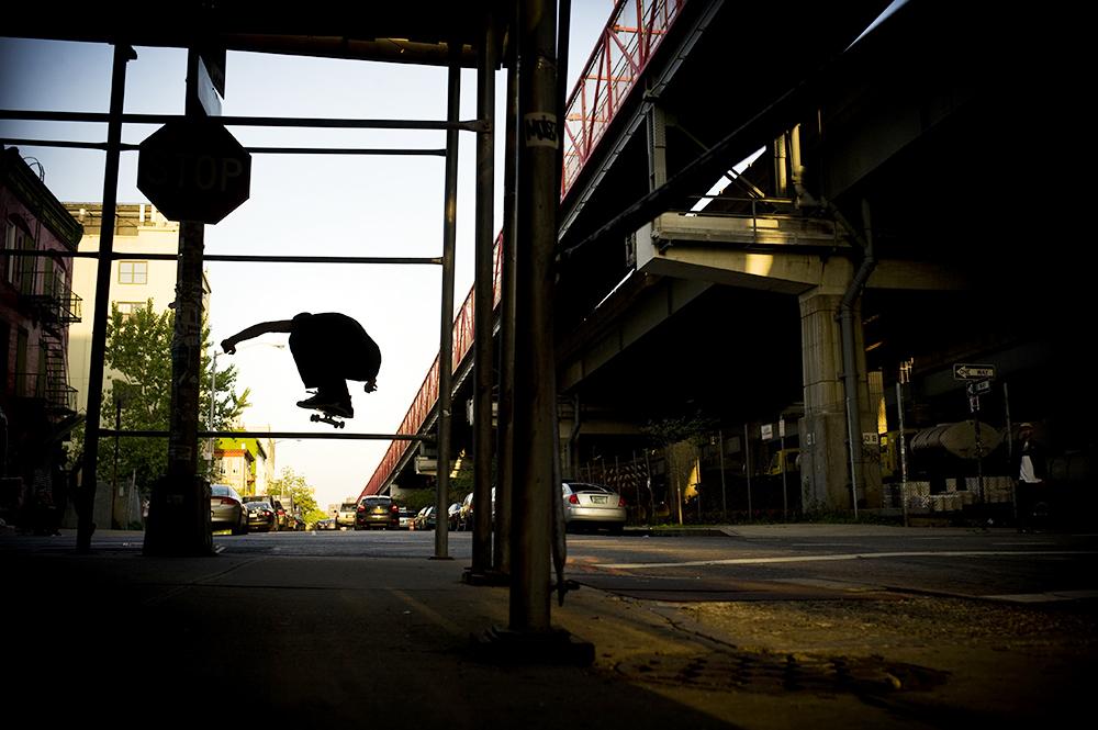 PaulGrund_OllieBars2_NYC copie.jpg