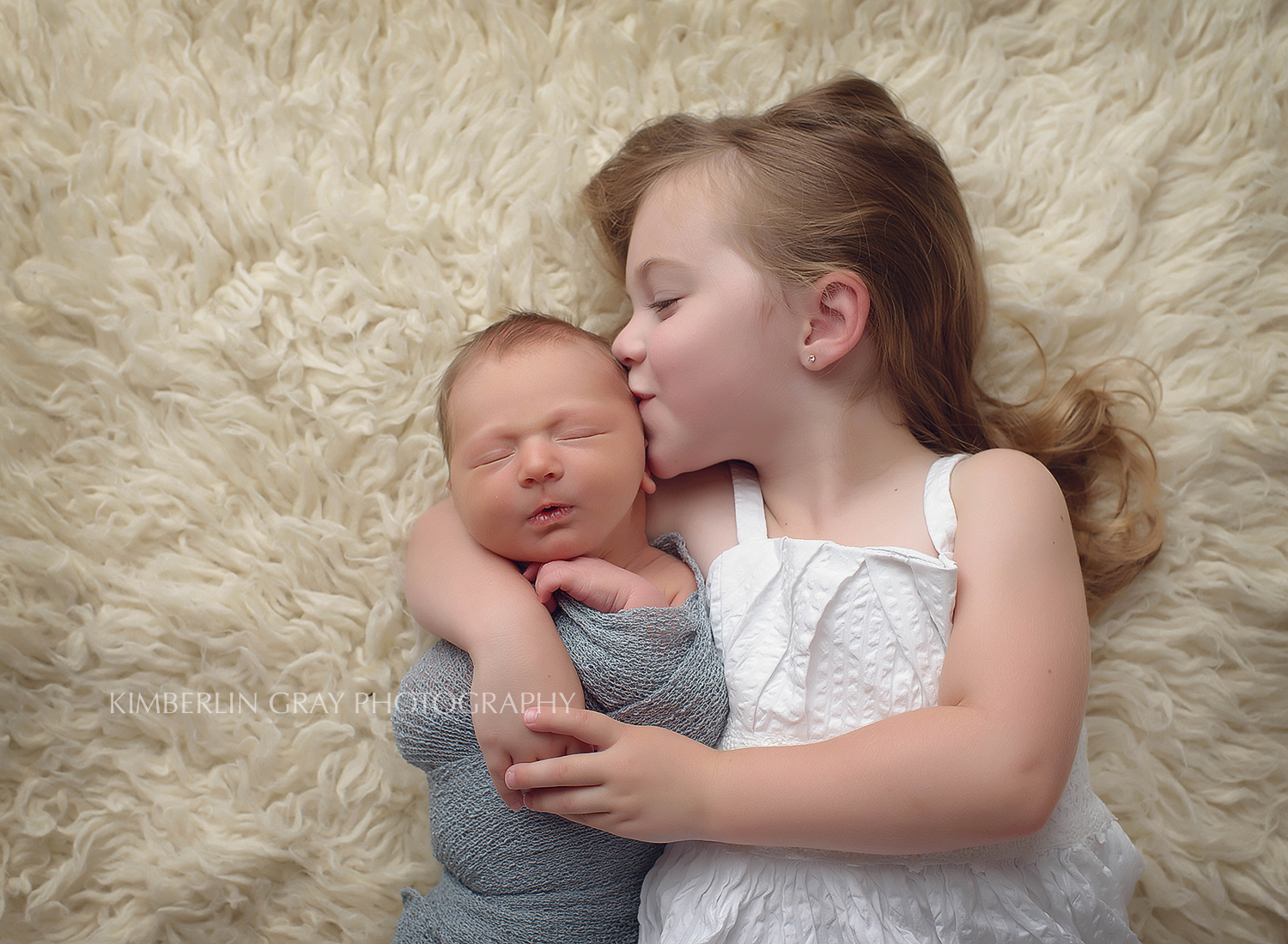 Sibling Love Virginia Beach Newborn Photographer