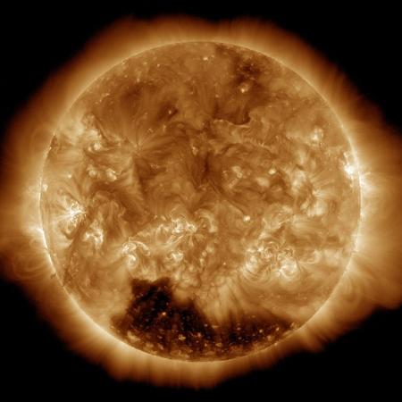 The_Sun_as_seen_in_January_1st_2015.jpg