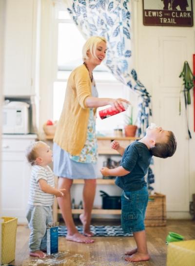 motherhoodreality113_0013.jpg