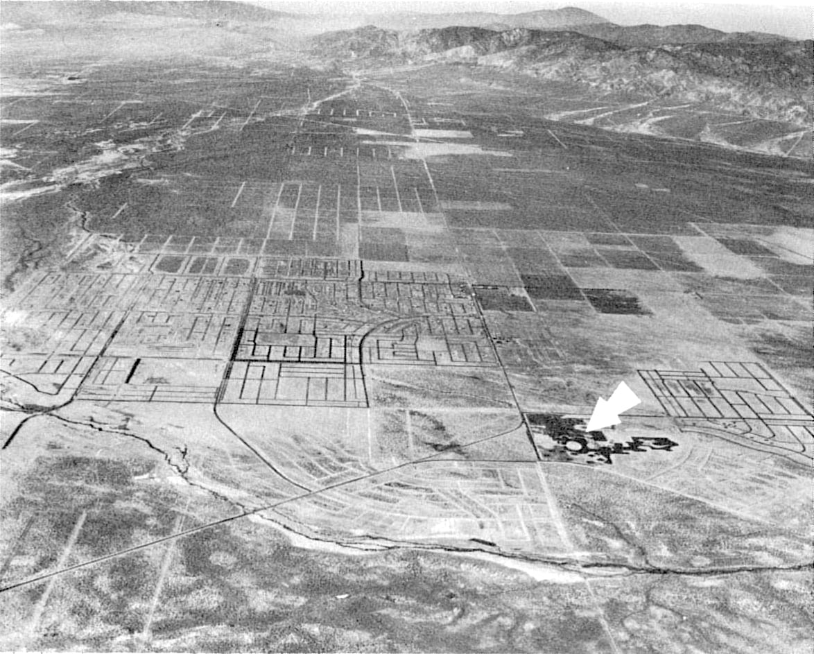 California City. 1962. Photo by Modern Photomurals. Cooley, Leland Frederick and Lee Morrison Cooley.  The Simple Truth About Western Land Investment.  New York: Doubleday, 1964.