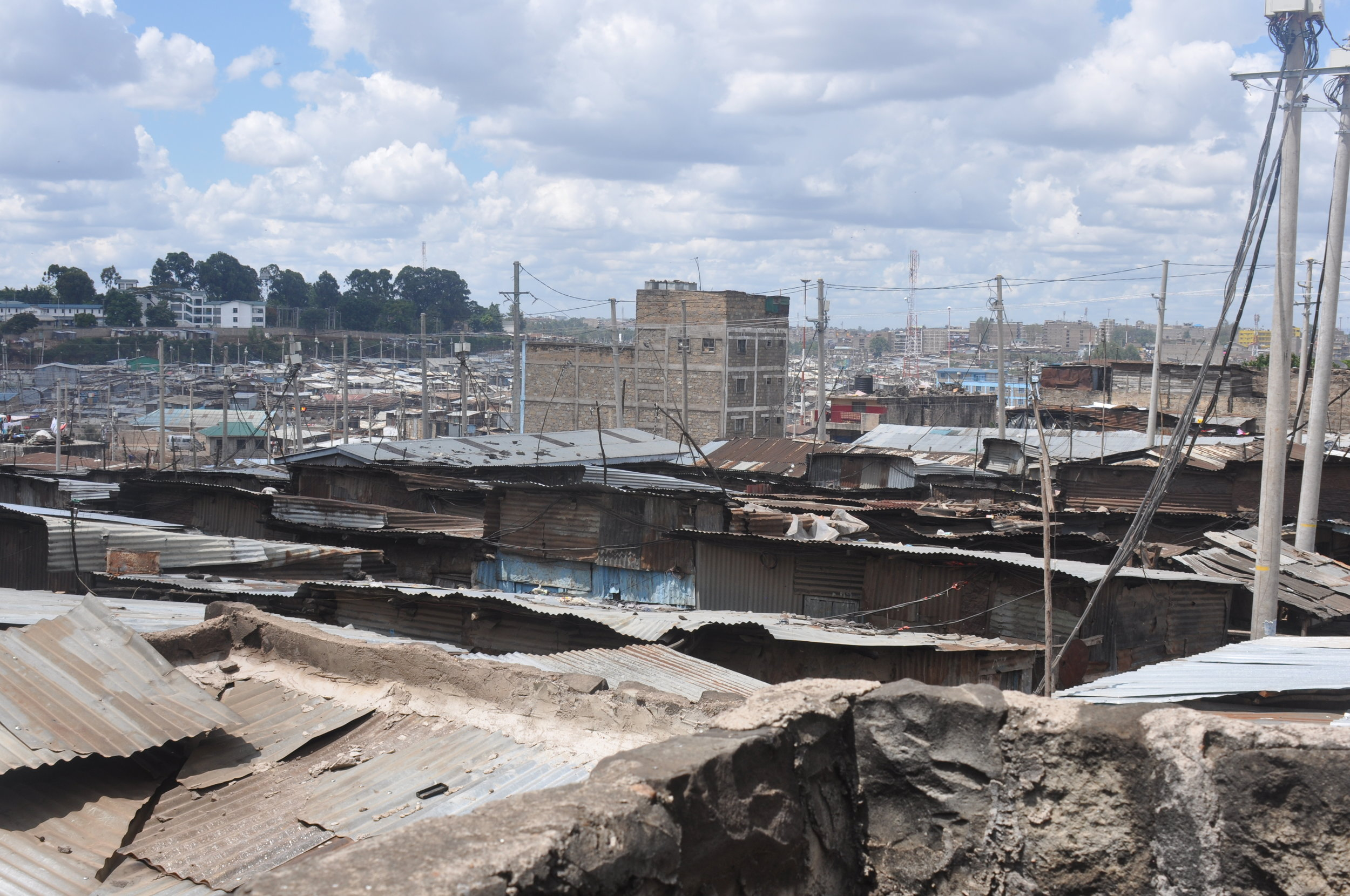 This is Mathare, the giant slum in Nairobi,which is where the students of Mamma Africa come from.