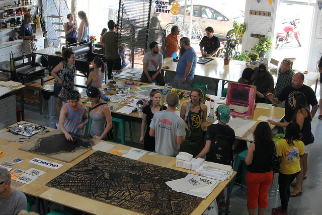 WE CUSTOMIZE WORKSHOPS FOR YOUR TEAM, PARTY OR EVENT!