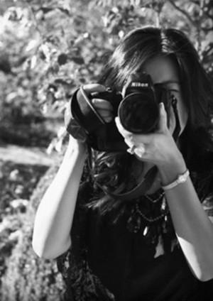 Sarah Waggoner    Omaha,Nebraska  Sarah's photography is surreal. She draws inspiration from the natural beauty of the outdoors.