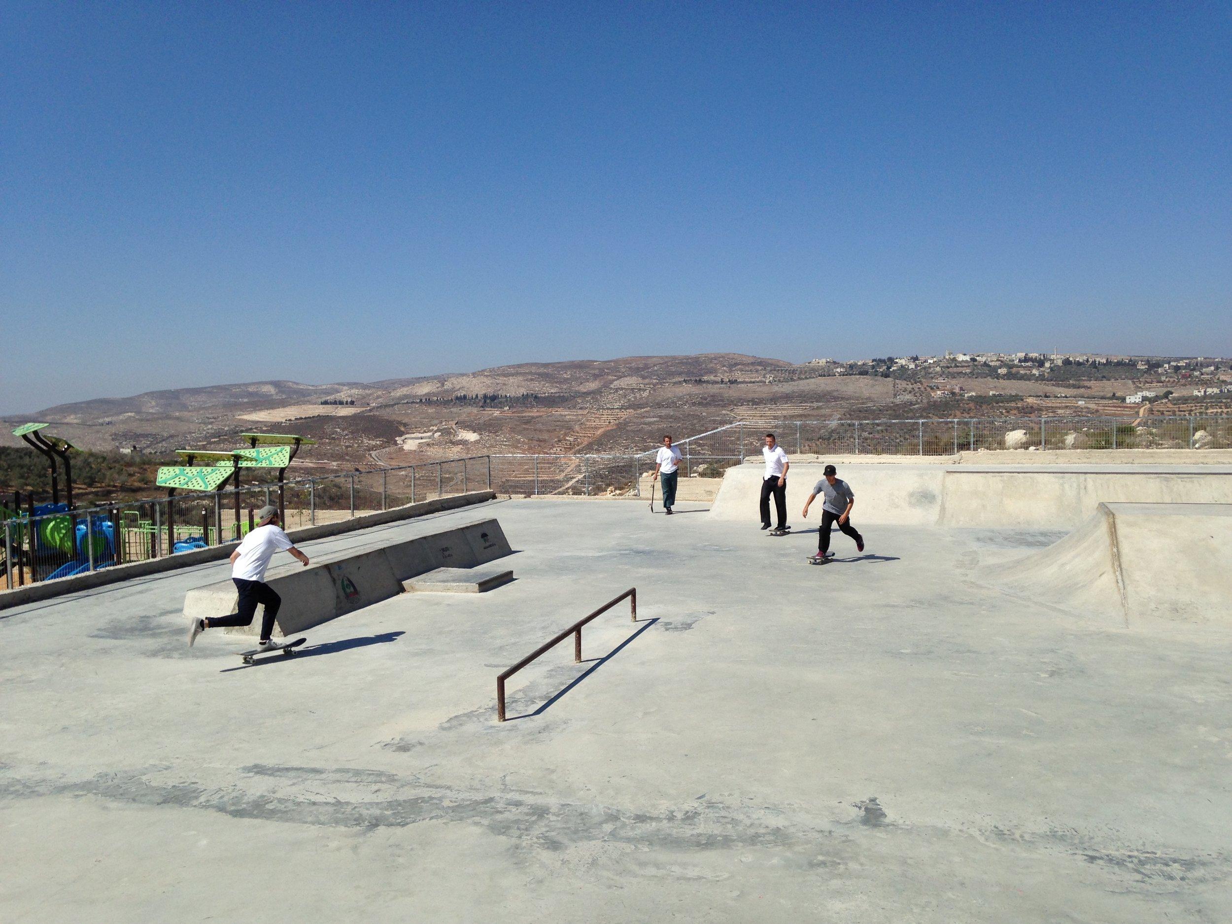 Isle Skateboards visit Palestine — SkatePal