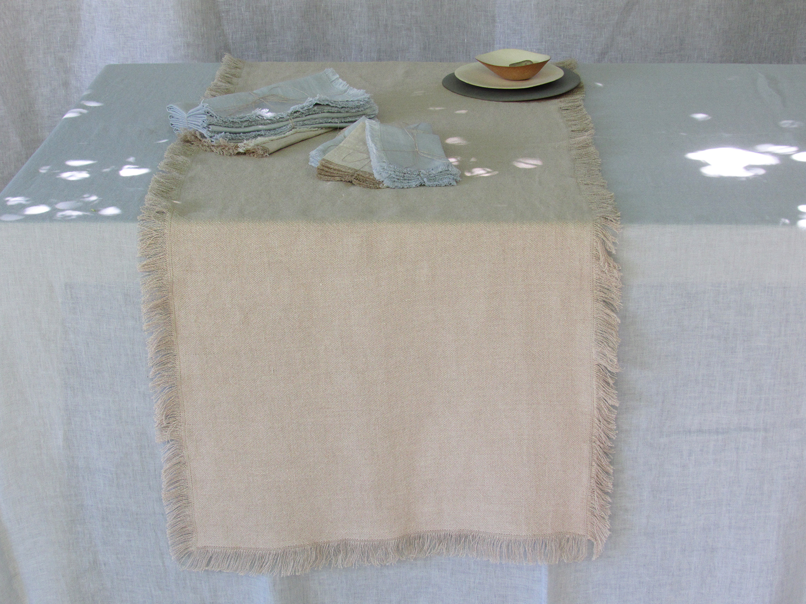 2. Table Colomba Living  .jpg