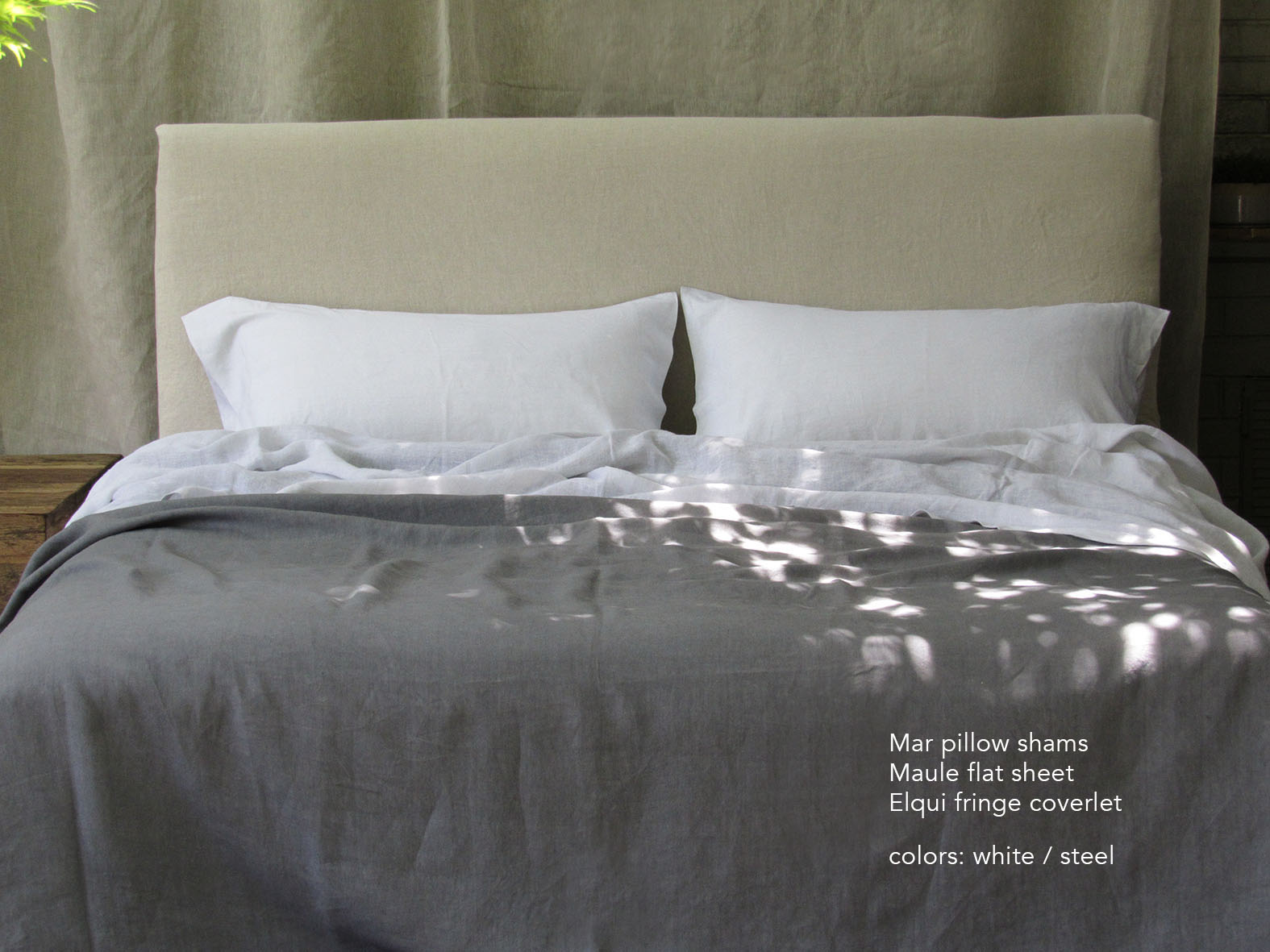 8. Colomba Living Bed .jpg