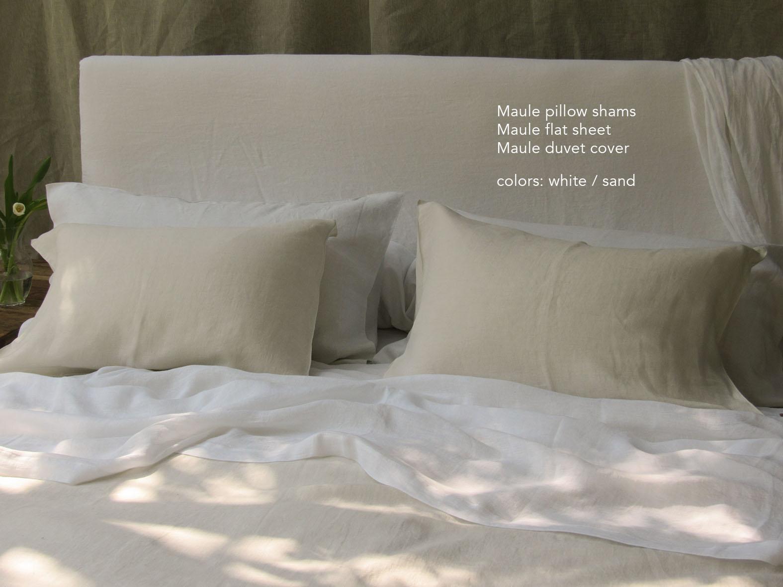 16. Colomba Living Bed description .jpg