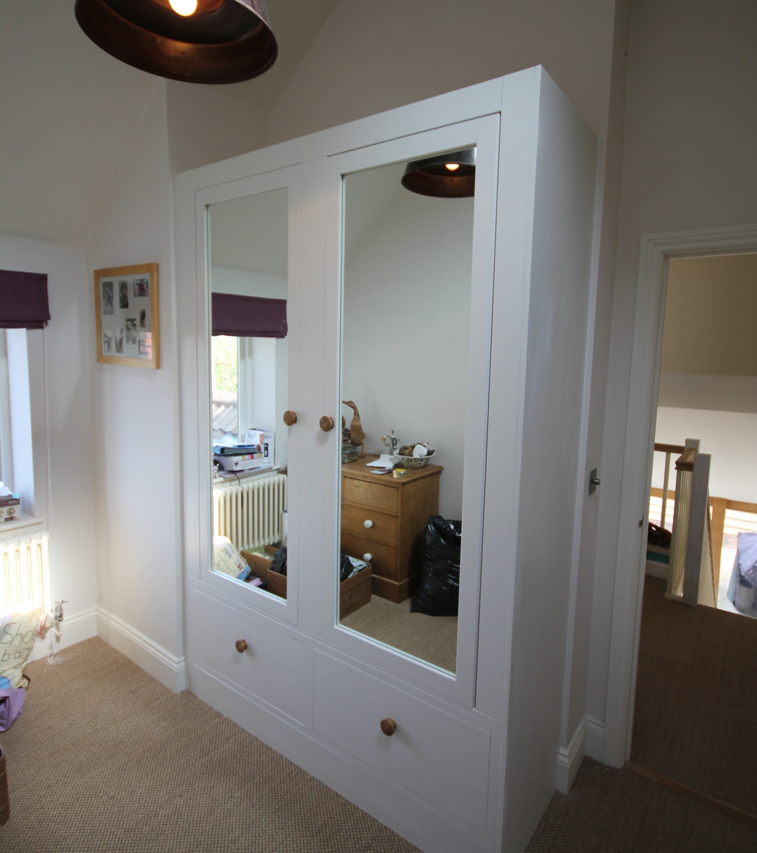 Mirror door wardrobe