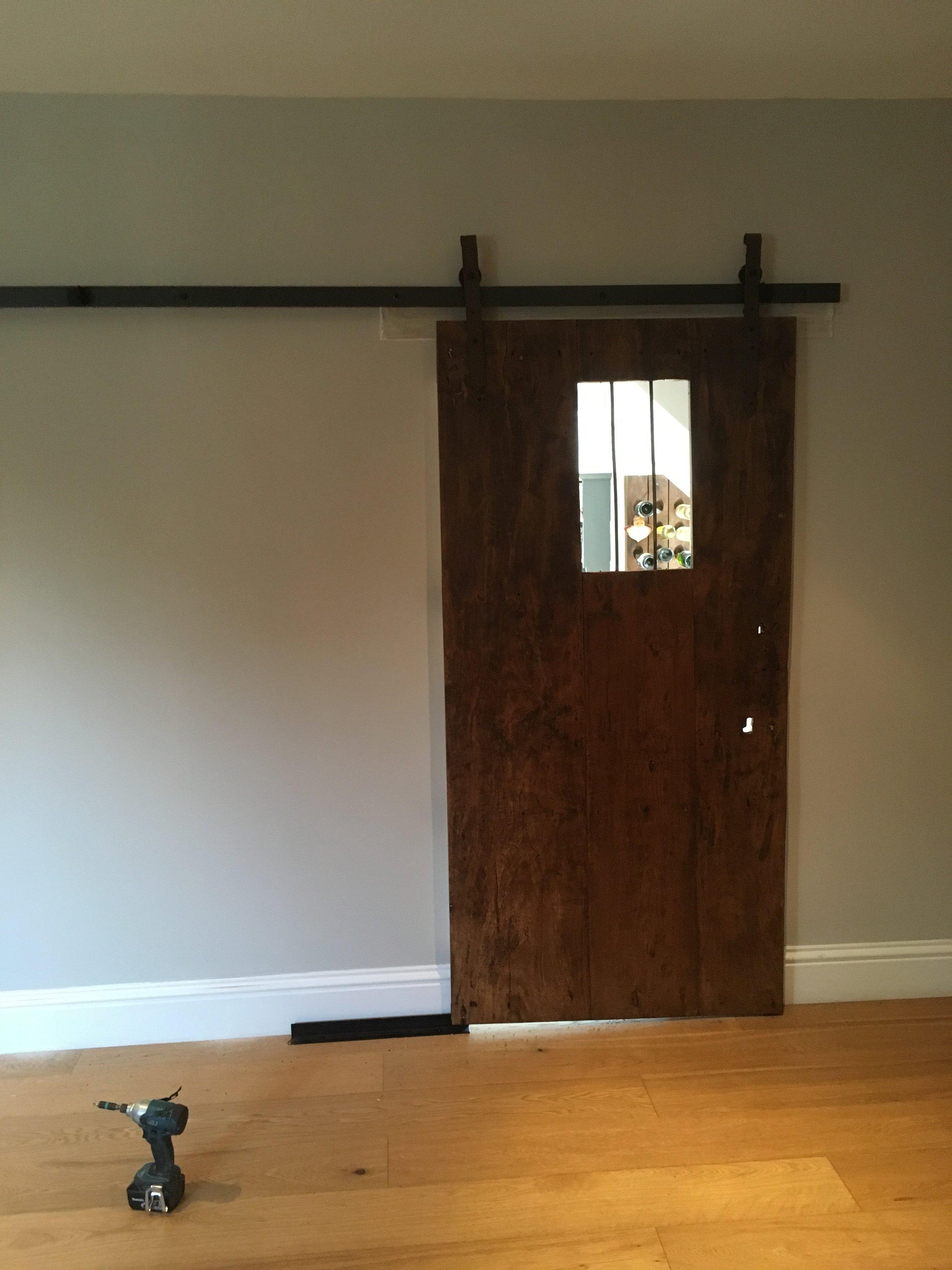 Finished door in situe