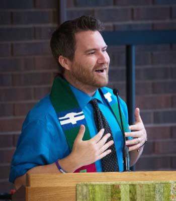 Colin preaching2.jpg