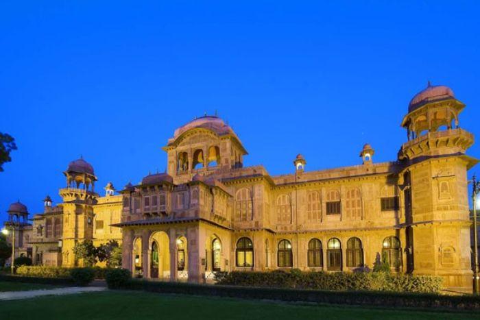Lallgarh Palace