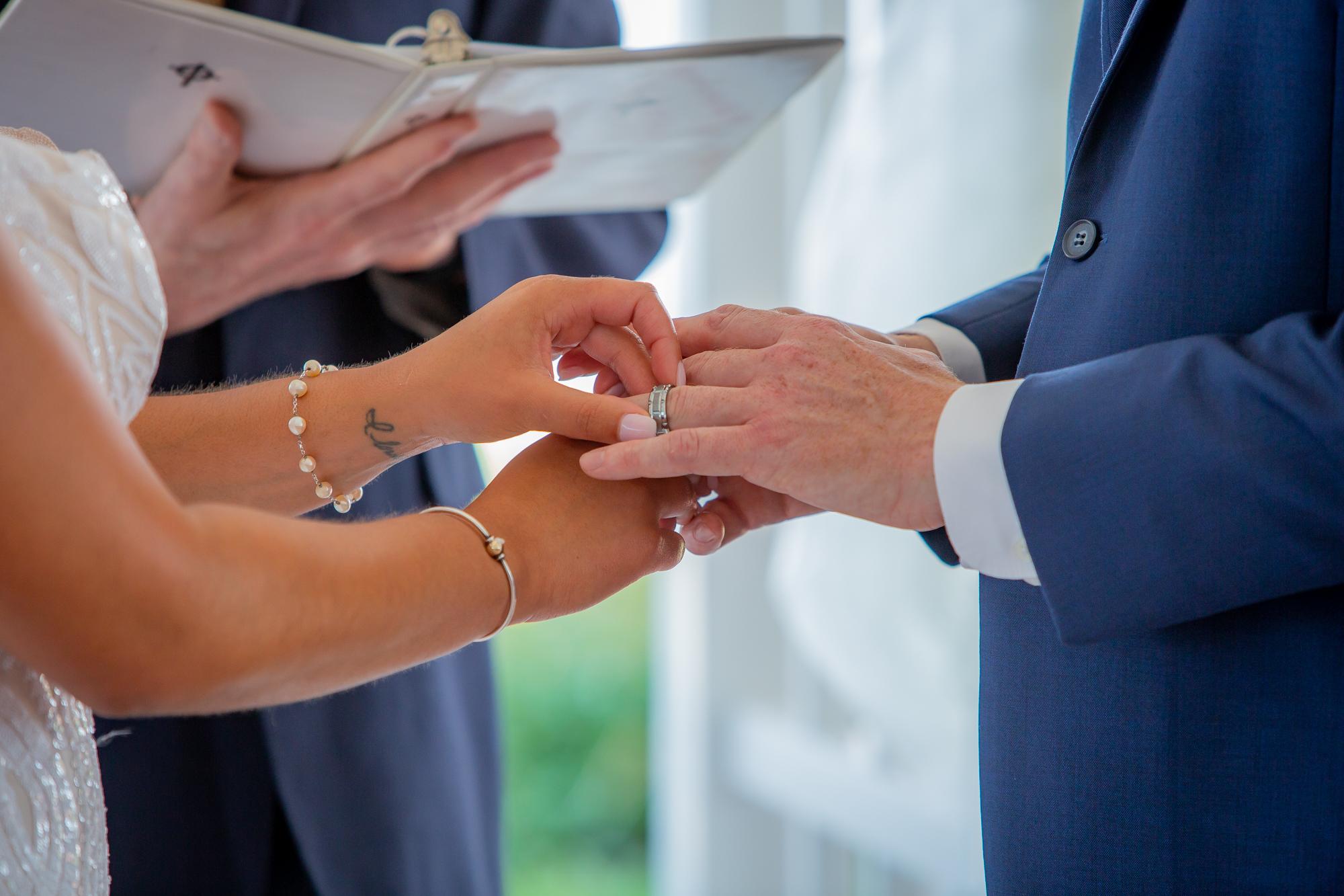 Ramada-Inn-Geneva-NY-Wedding-8110.jpg