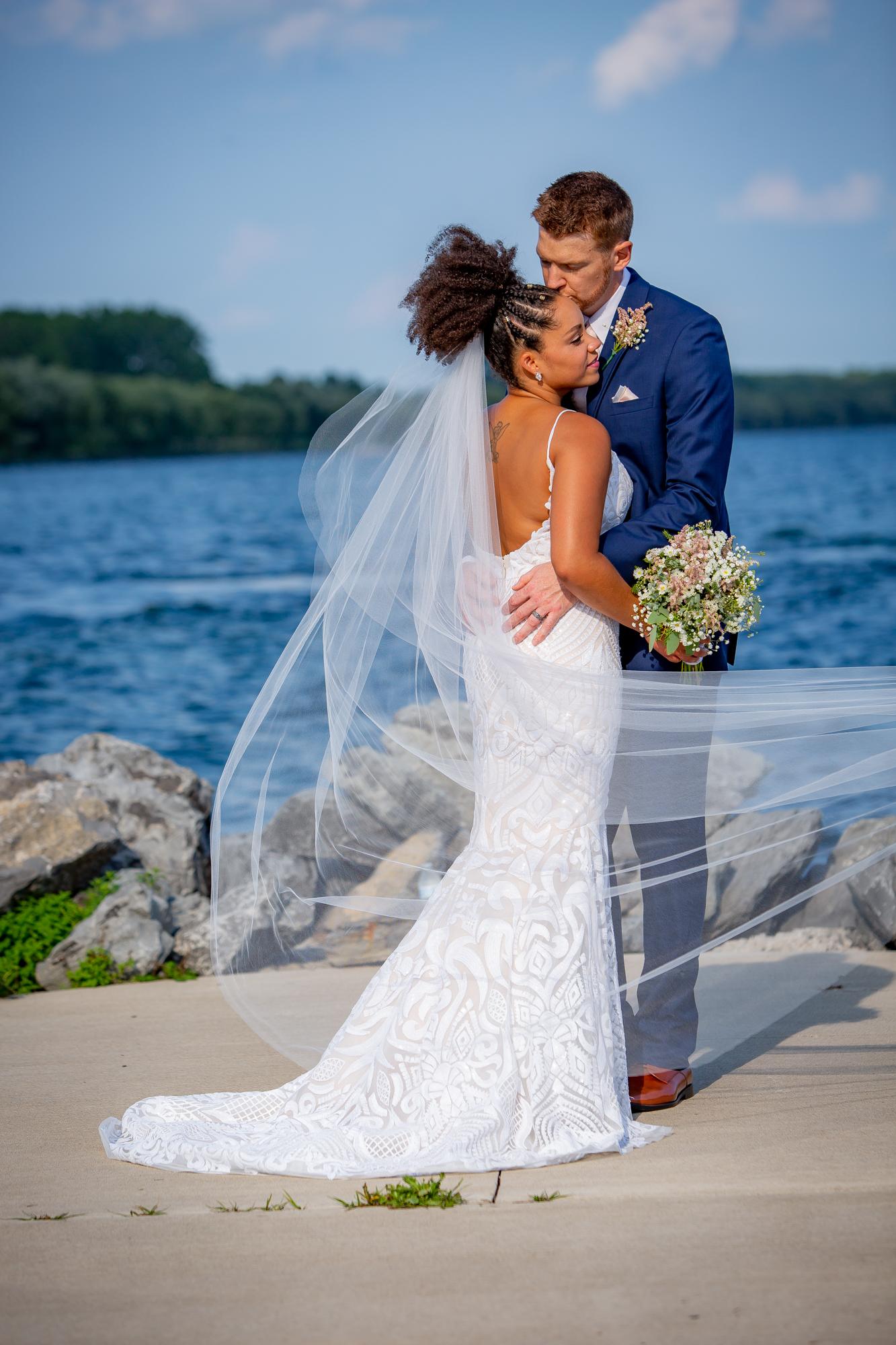 Ramada-Inn-Geneva-NY-Wedding-8322.jpg