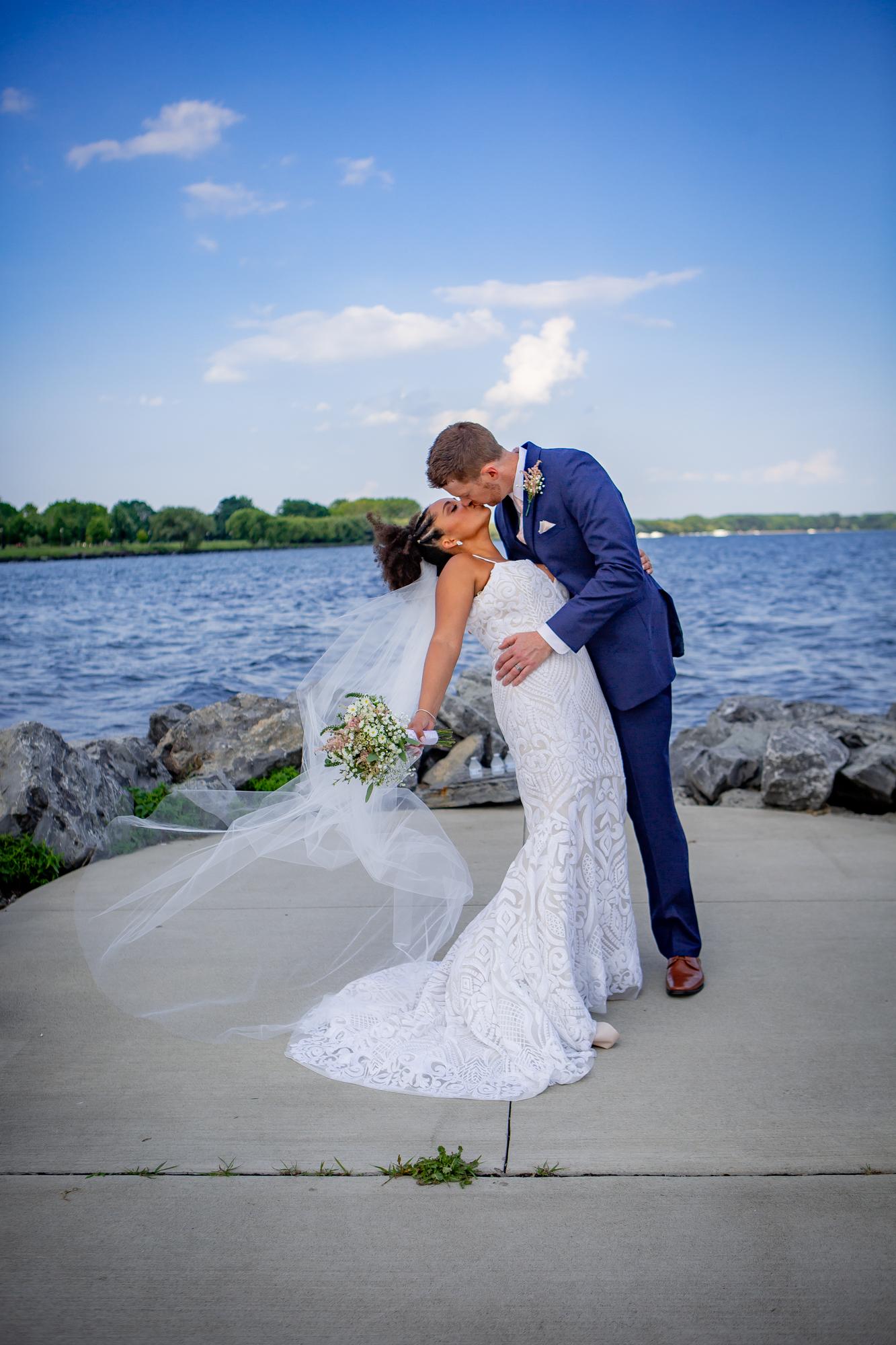 Ramada-Inn-Geneva-NY-Wedding-8349.jpg