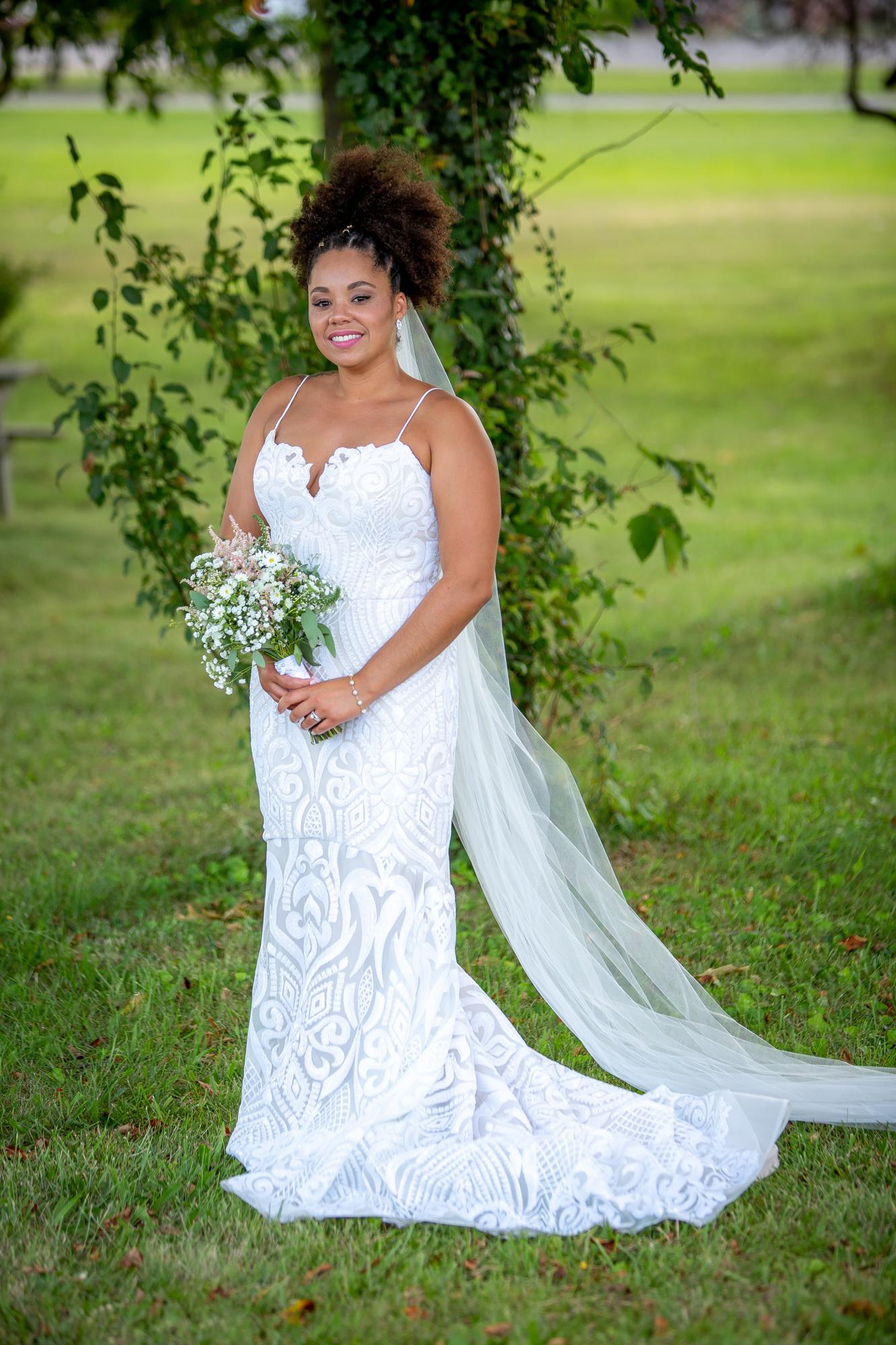 Ramada-Inn-Geneva-NY-Wedding-8368.jpg