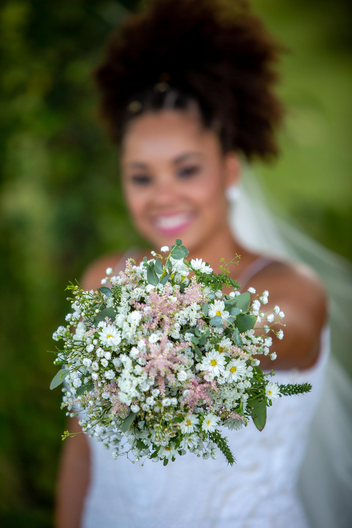 Ramada-Inn-Geneva-NY-Wedding-8369.jpg