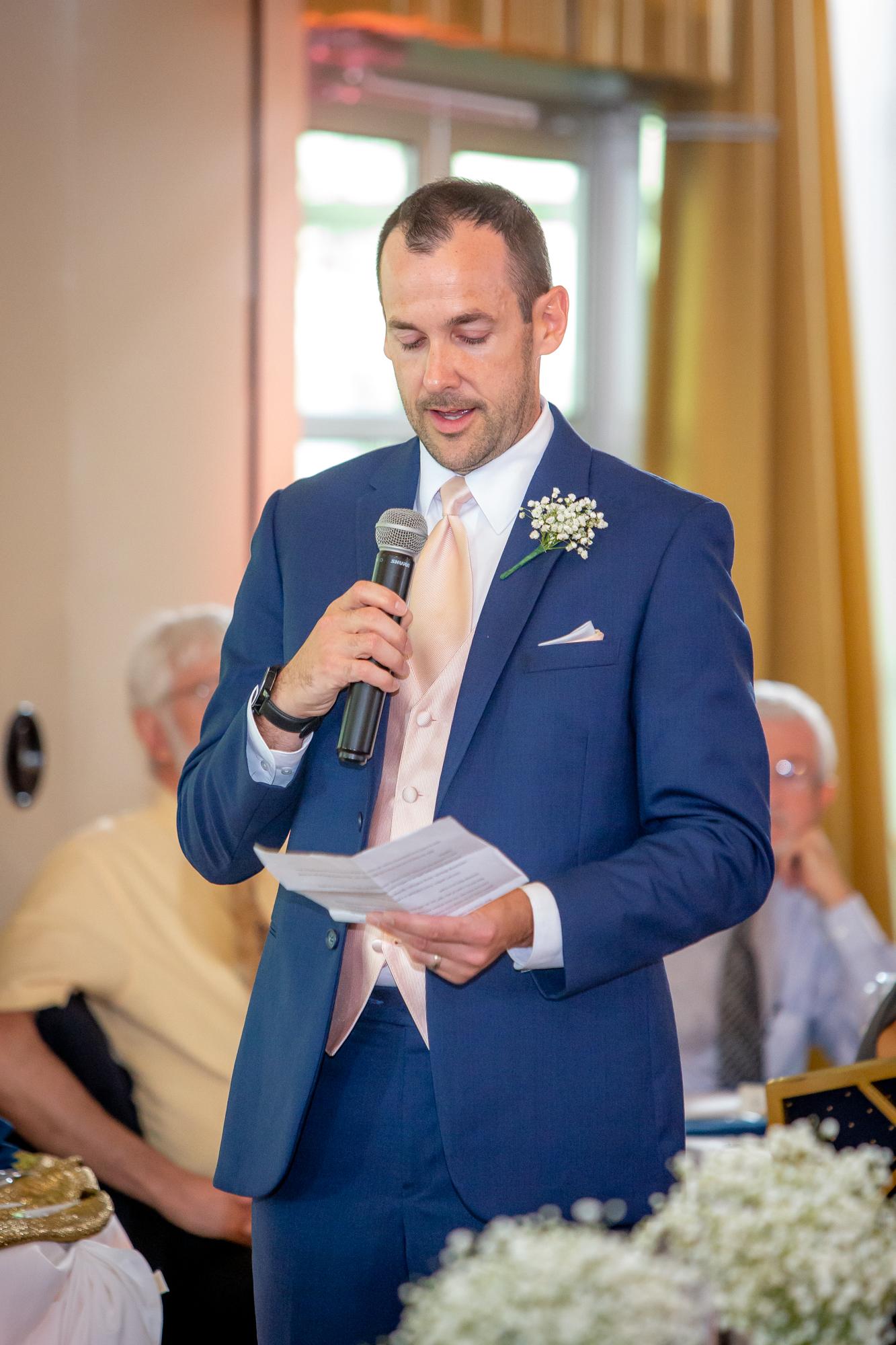Ramada-Inn-Geneva-NY-Wedding-8492.jpg
