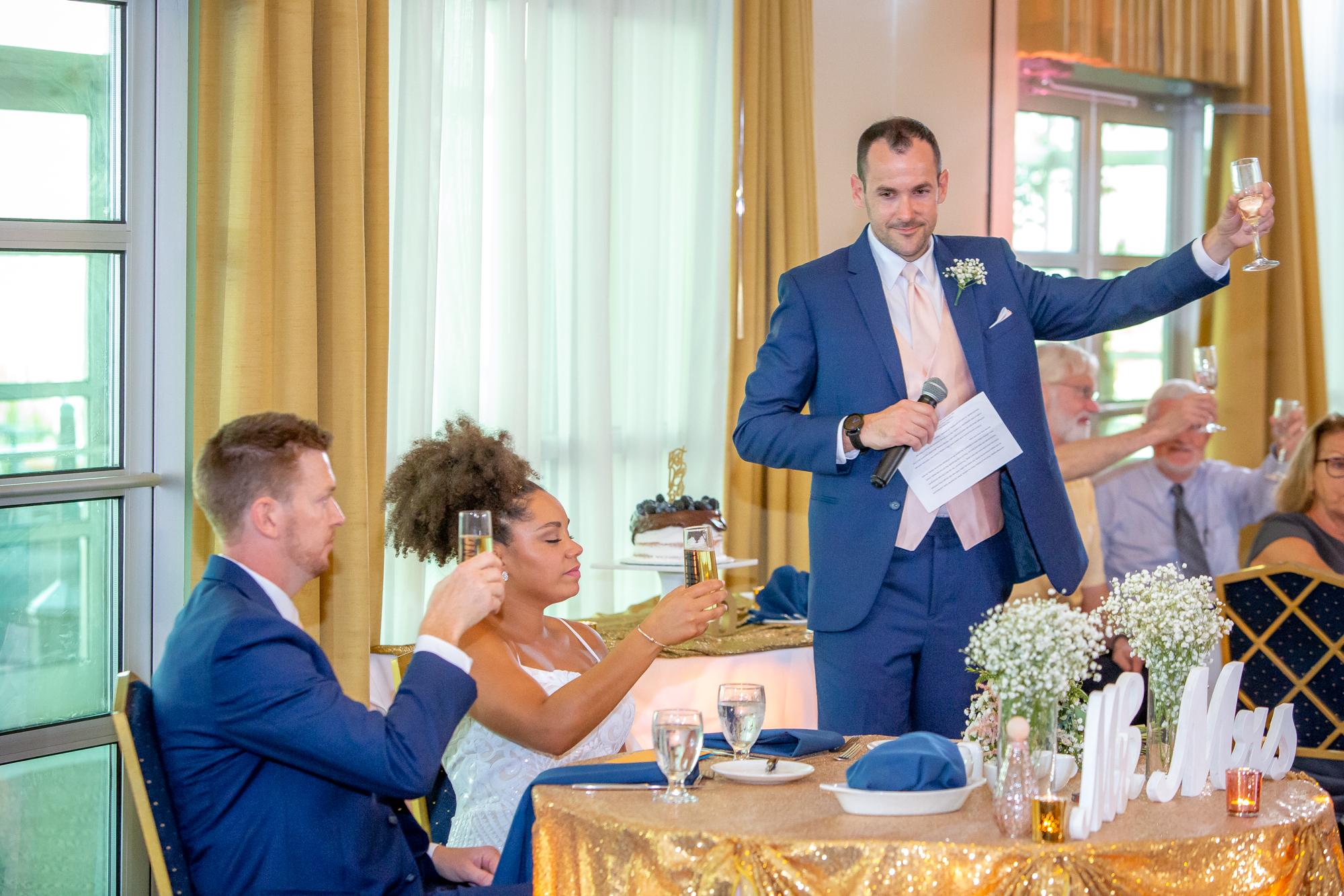 Ramada-Inn-Geneva-NY-Wedding-8507.jpg